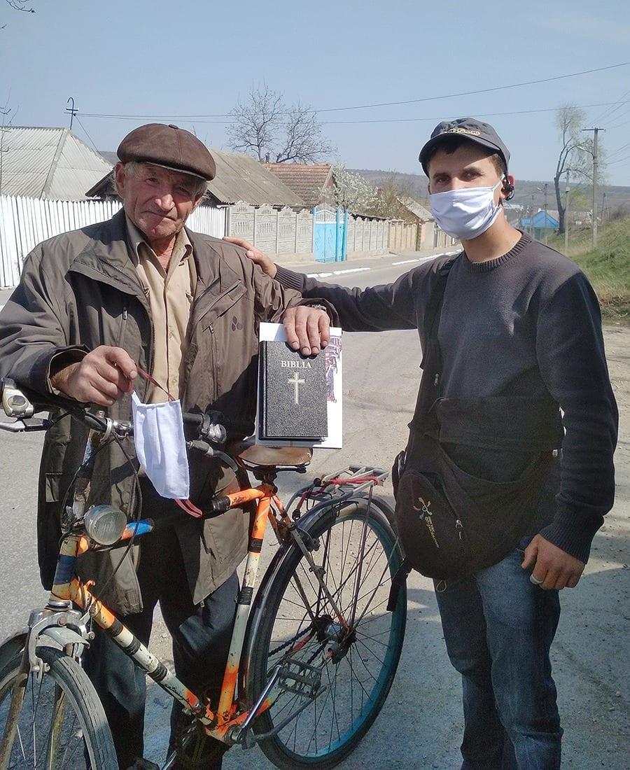 Sharing the gospel in Moldova