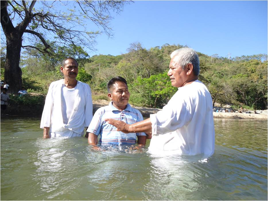 A water baptism in Mexico